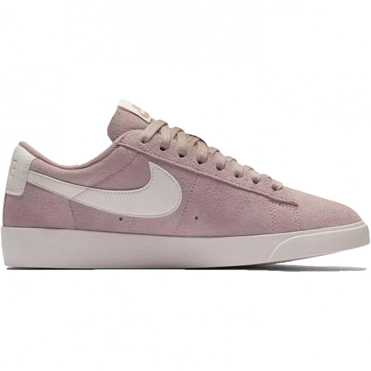 Nike Blazer Low Suede Sneaker