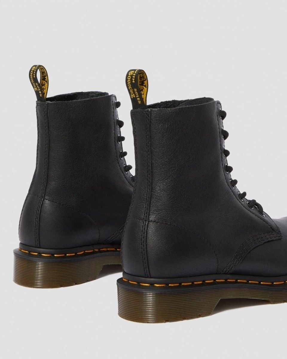 Dr. Martens 1460 Pascal Boot
